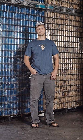 Darren Moser - Maui Brewing - Mantenha a envasadora rodando