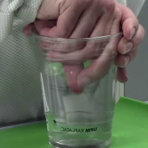 Etiqueta Adesiva para Superficies Submersas